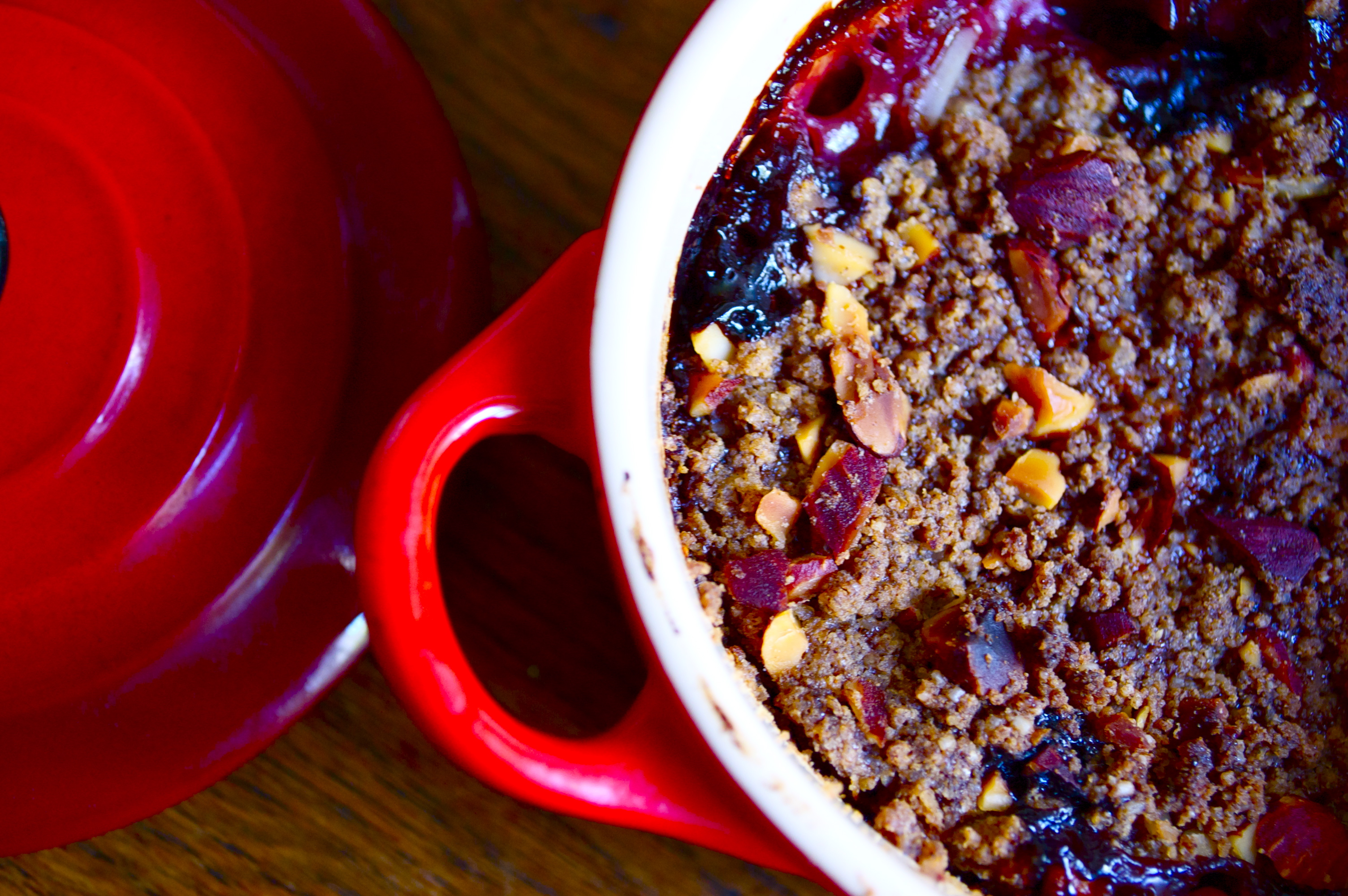 Gluten-Free Peach & Raspberry Crumble (Recipe) | The Tomato Knife